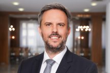 Dr. Dominik Kieselbach